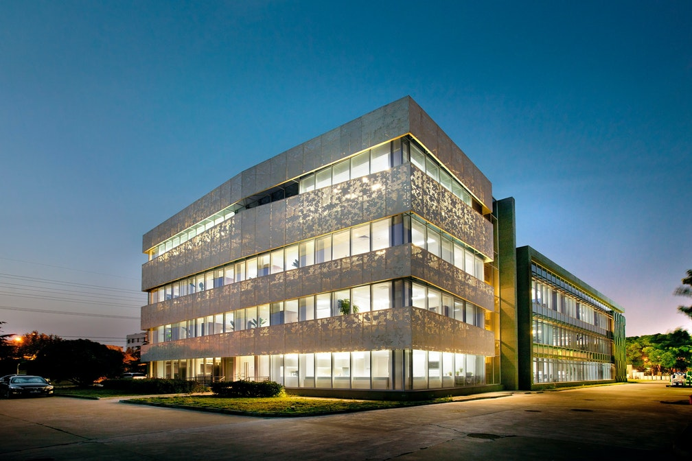 Redeveloping a factory site into a world-class headquarters campus section