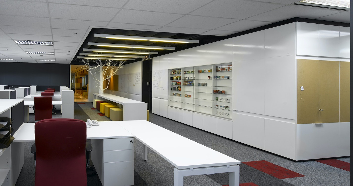 Space that encourages people to flow according to their activities section