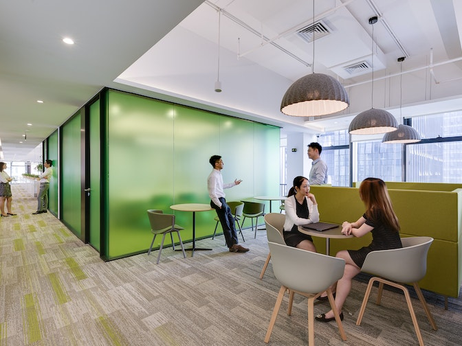 Image: uploads/2020_03/SPDB_Shenzhen-Workplace-Interior-Breakout-Area-02.jpg