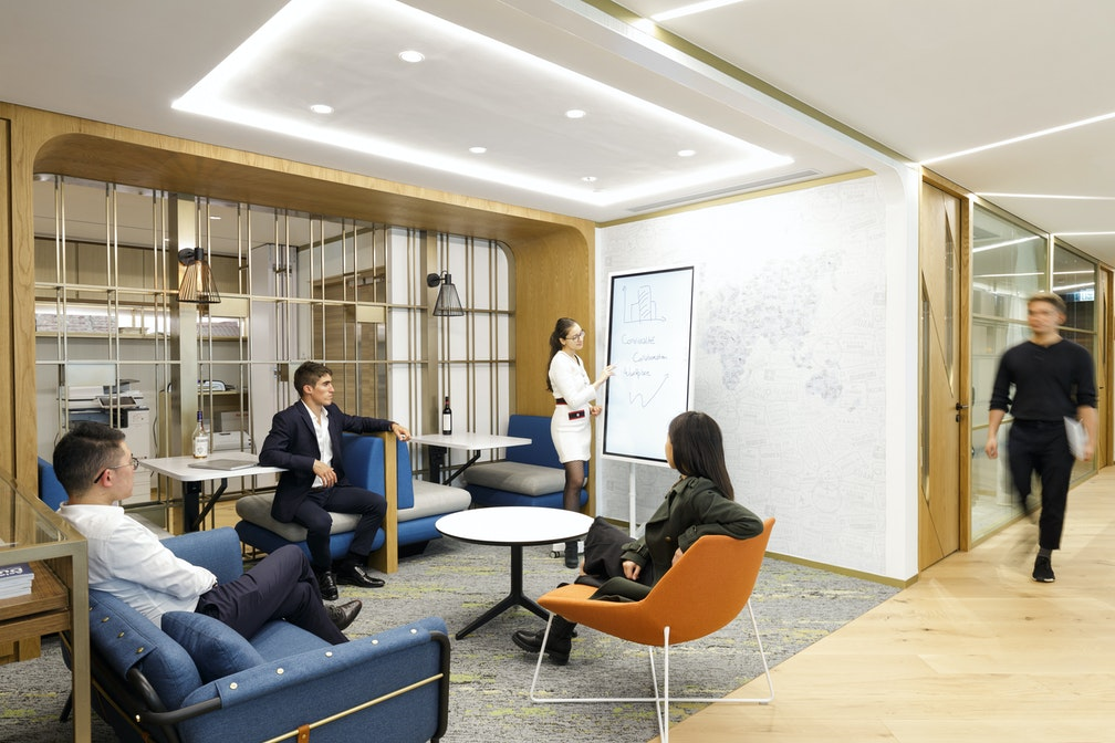 Image: uploads/2020_04/Pernod_Ricard_Hong_Kong-Workplace-Interior-Collaboration-04.jpg