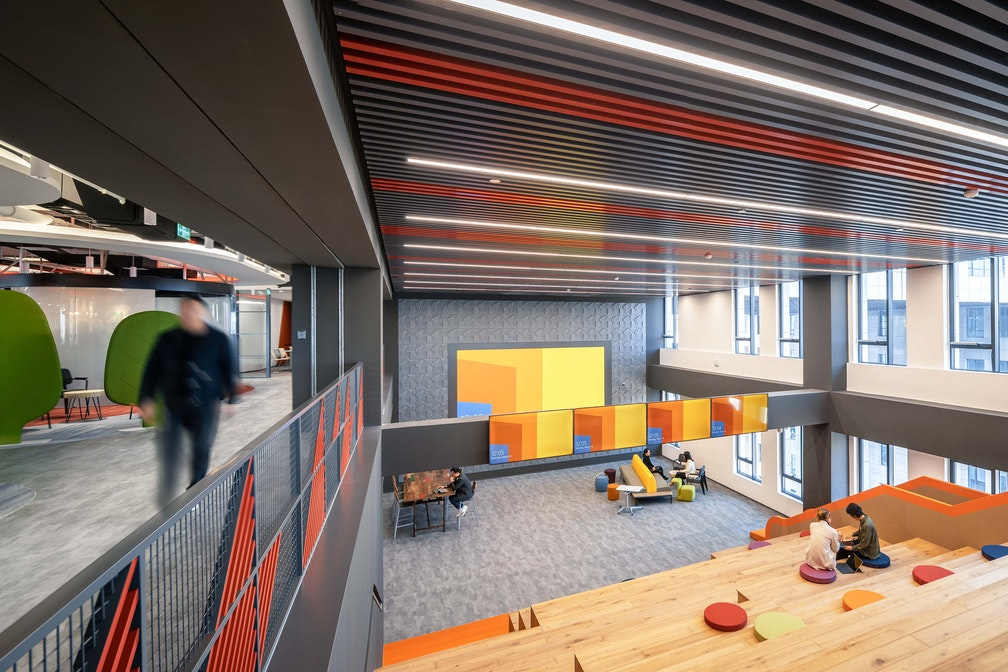 Image: uploads/2020_07/PWC_Play_Lab_Beijing_Workplace_Interior_Connectivity__Interaction_04.jpg