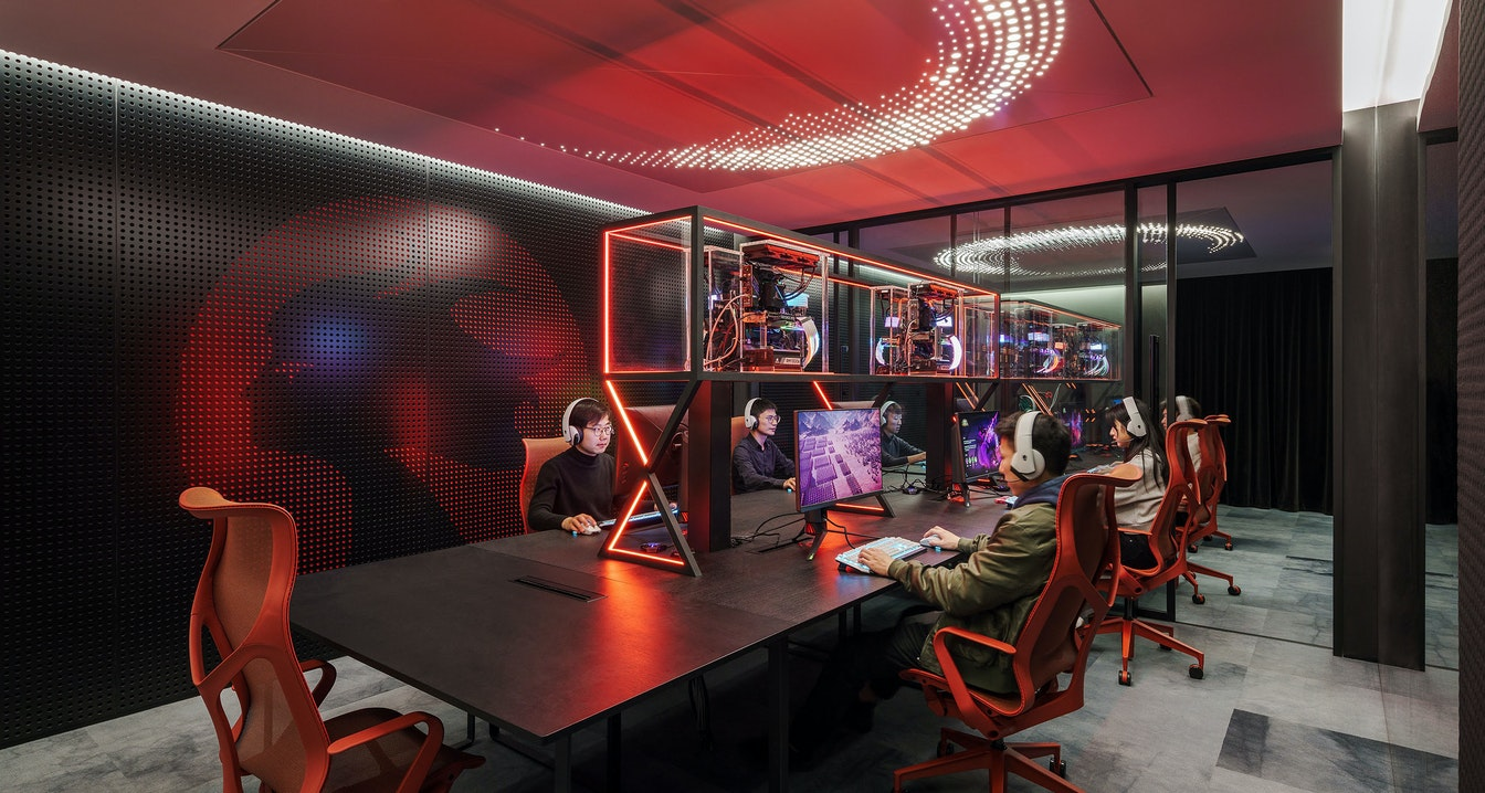Supporting the rapid growth of a next-gen gaming company through creativity and wellness section